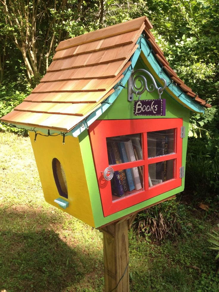 Build A Street Library
