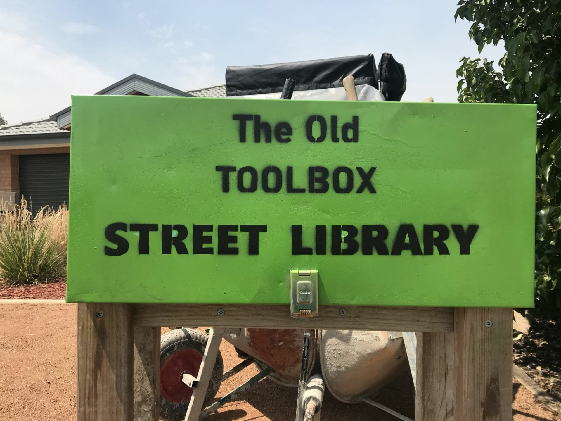 'The Old Toolbox' STREET LIBRARY